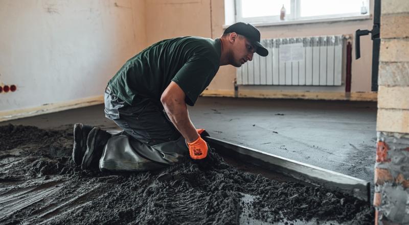 Напівсуха стяжка підлоги: особливості